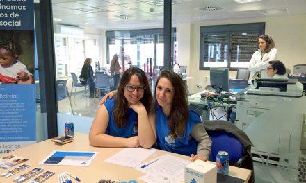 Los voluntarios del hospital colaborando con la obra social