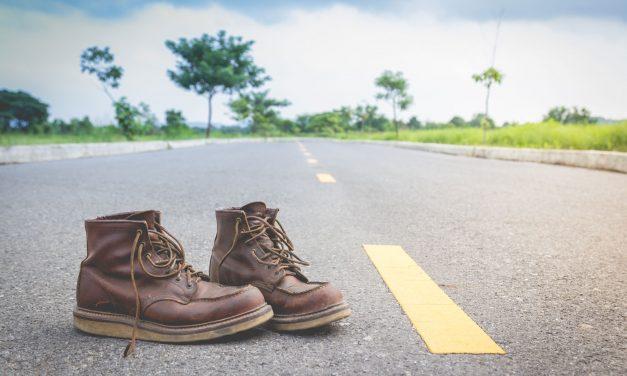 Camina con mis zapatos, por favor